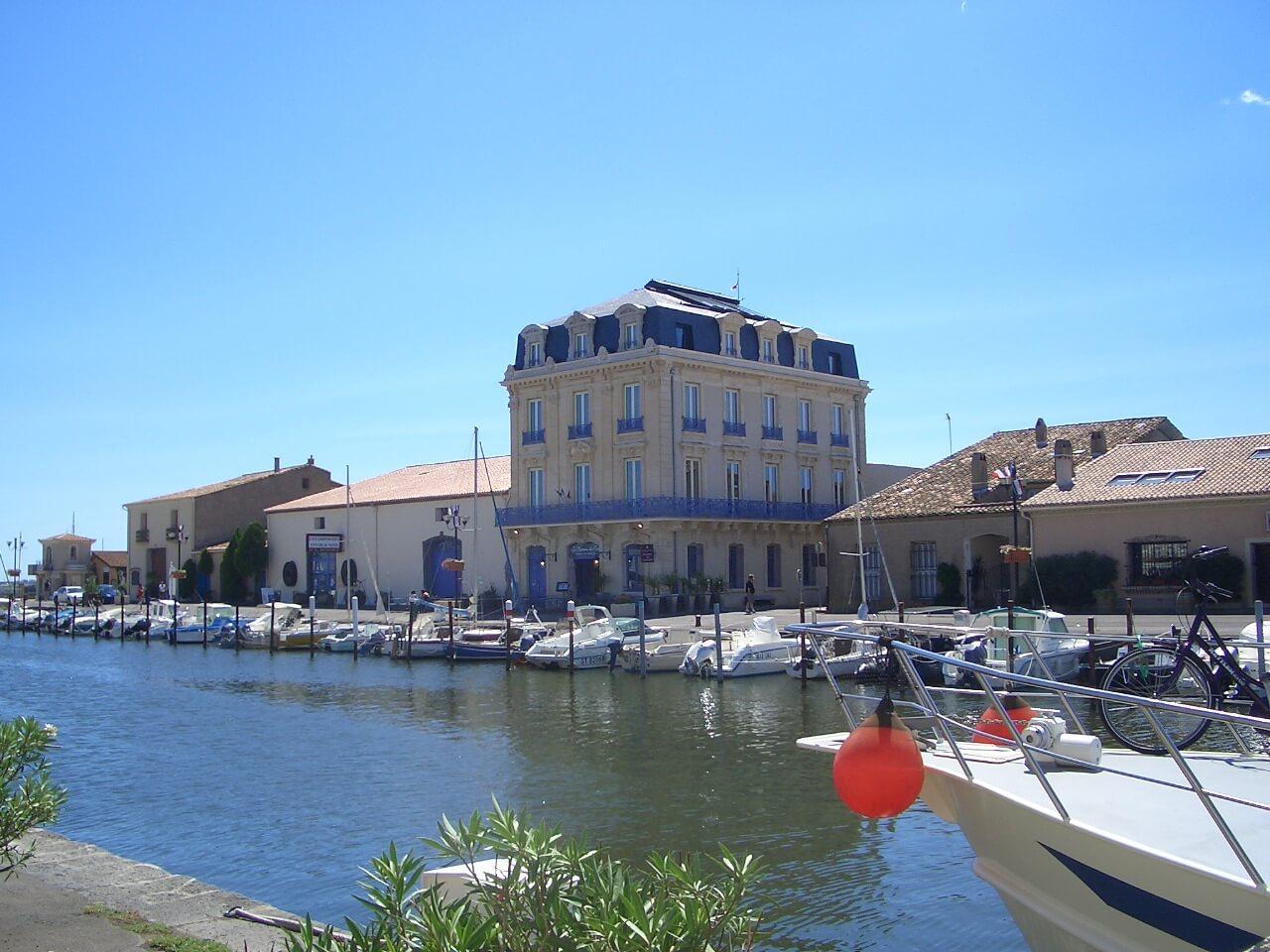 chateau du port marseillan